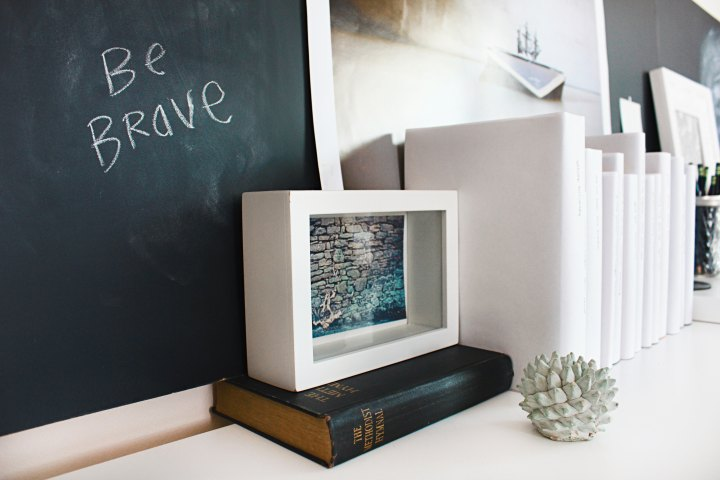 """Be Brave"" written on a chalkboard"